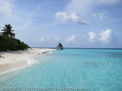 アンガガ島